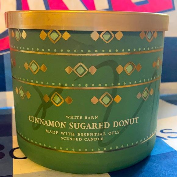 B&BW Cinnamon Sugared Donut Candle
